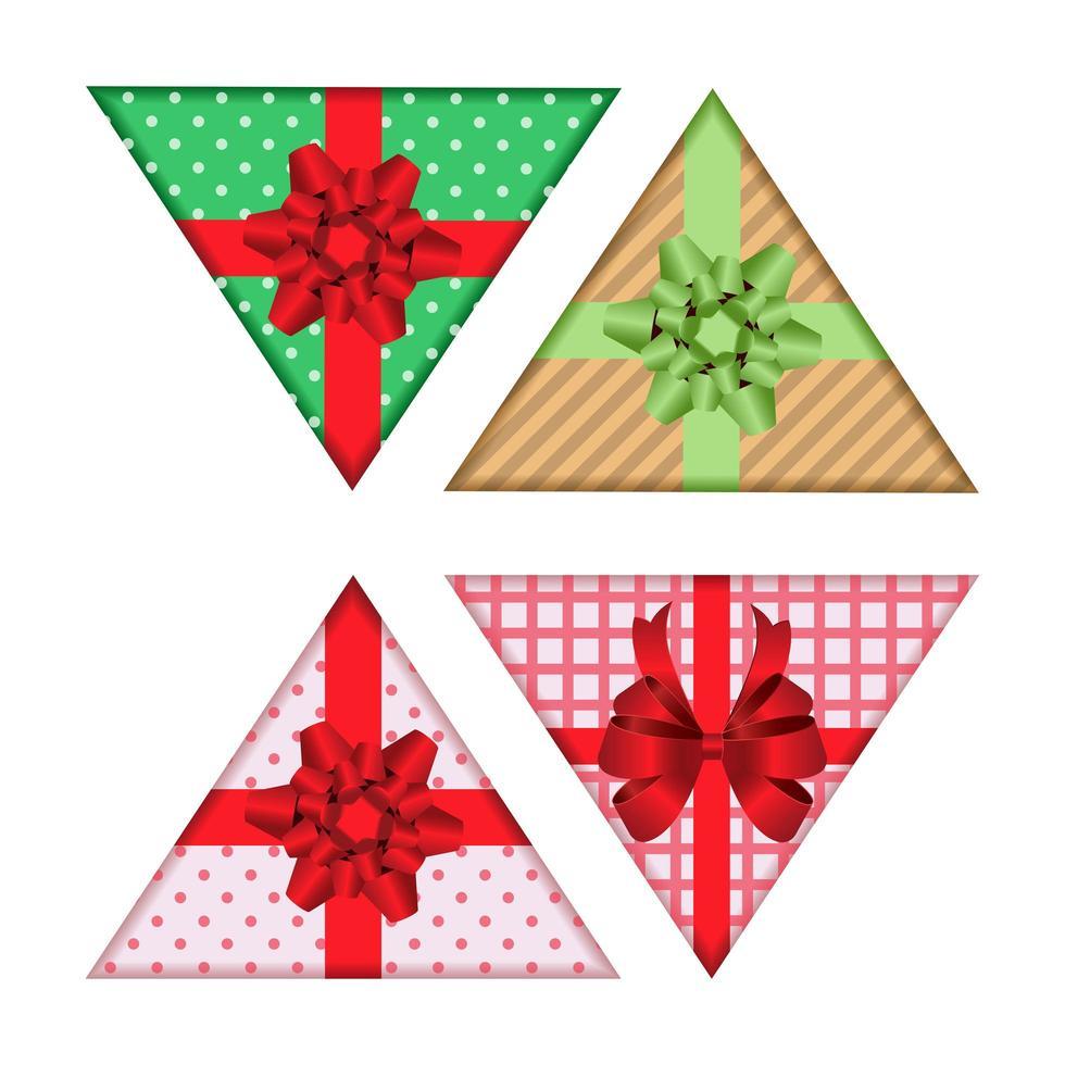 conjunto de caixa de presente triangular isolado no branco vetor