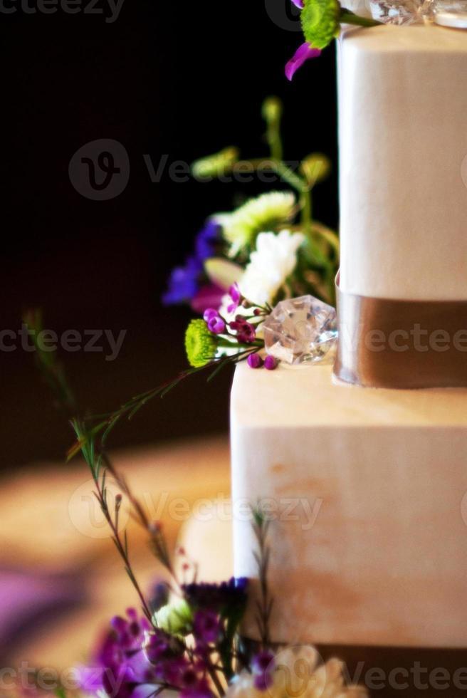 Modern Wedding Cake photo