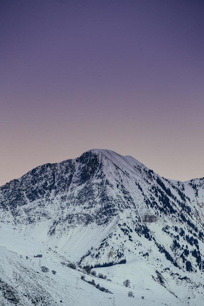 Photo of a mountain
