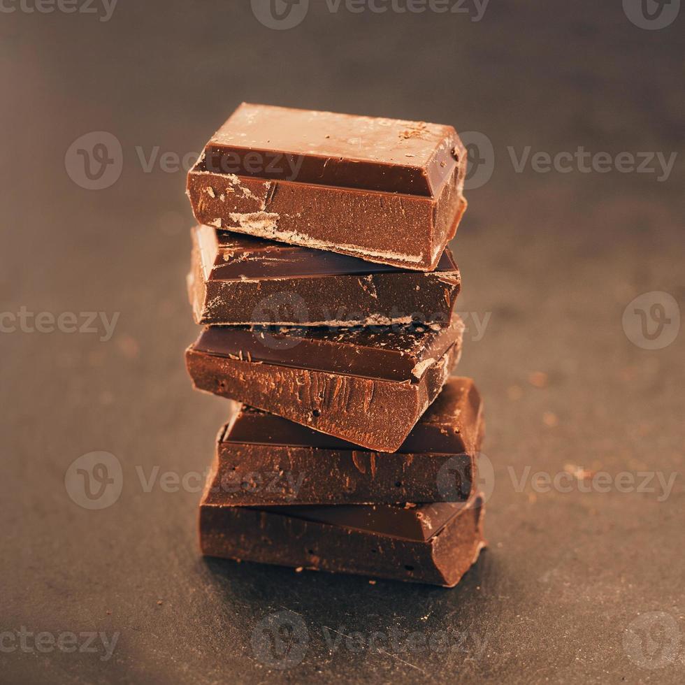 pezzi di cioccolato foto