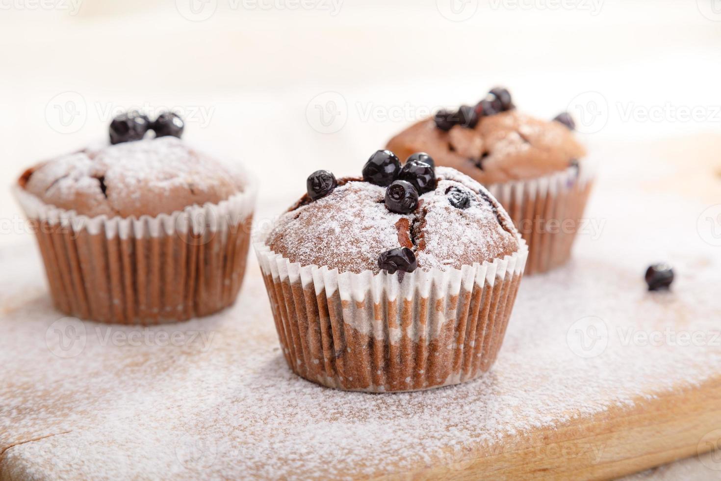 deliciosos muffins de chocolate foto