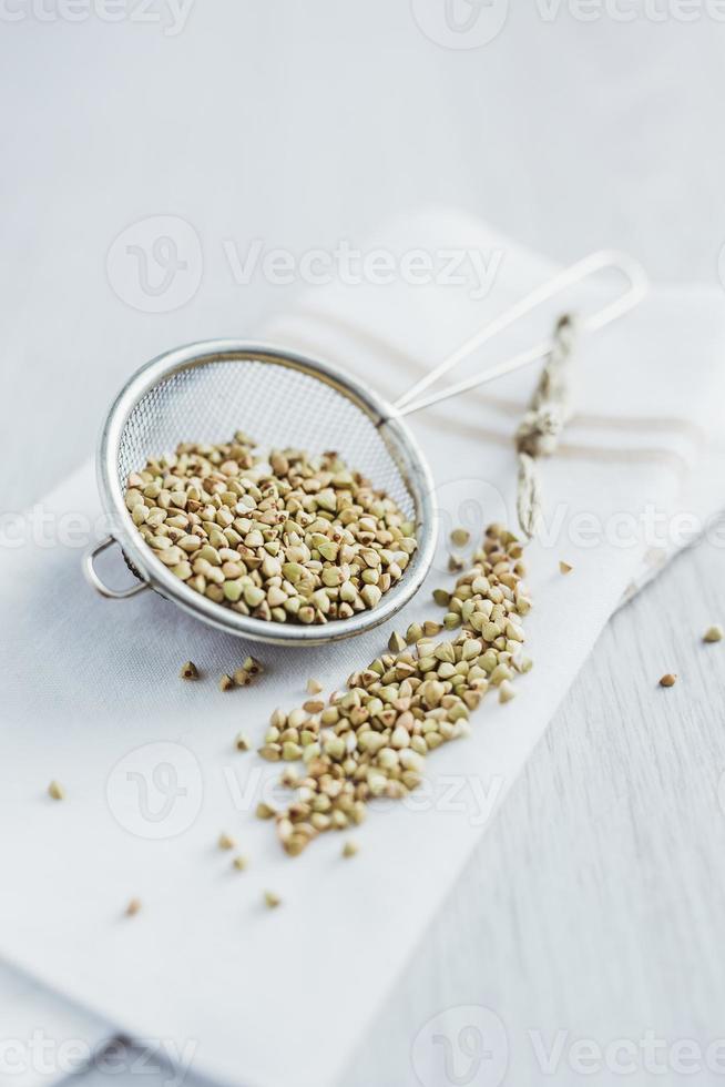 granos de trigo sarraceno foto