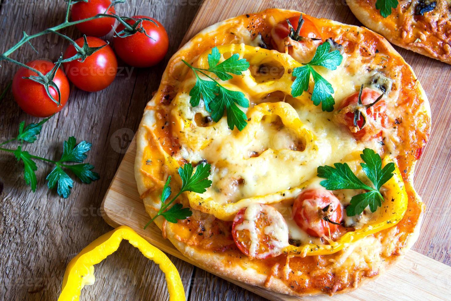 Vegetable pizzas photo