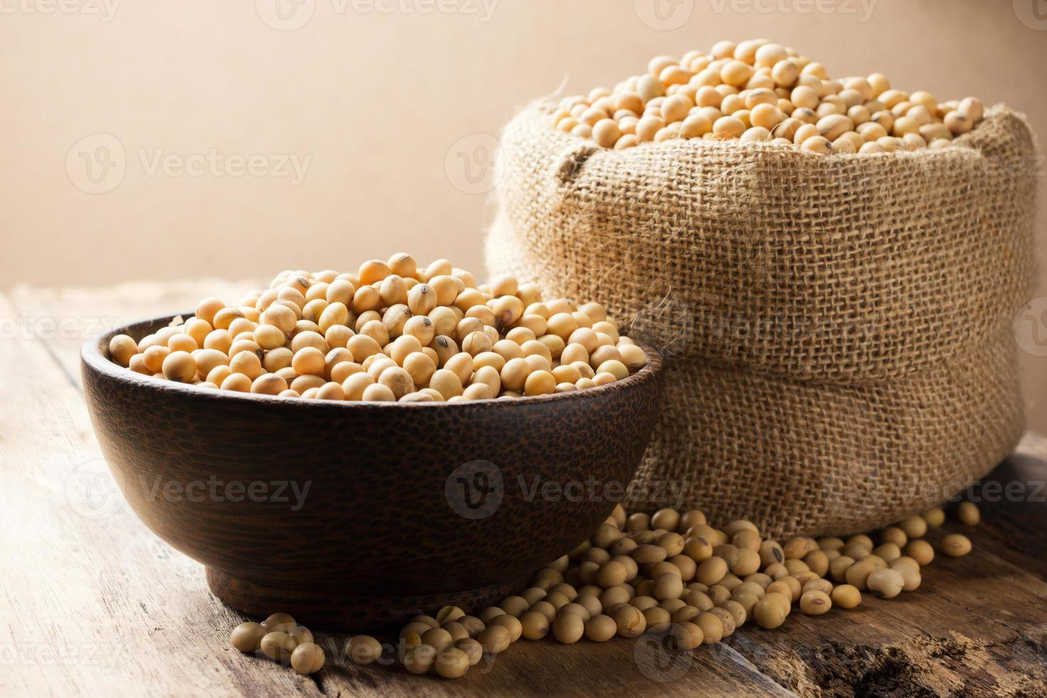 Soy beans photo