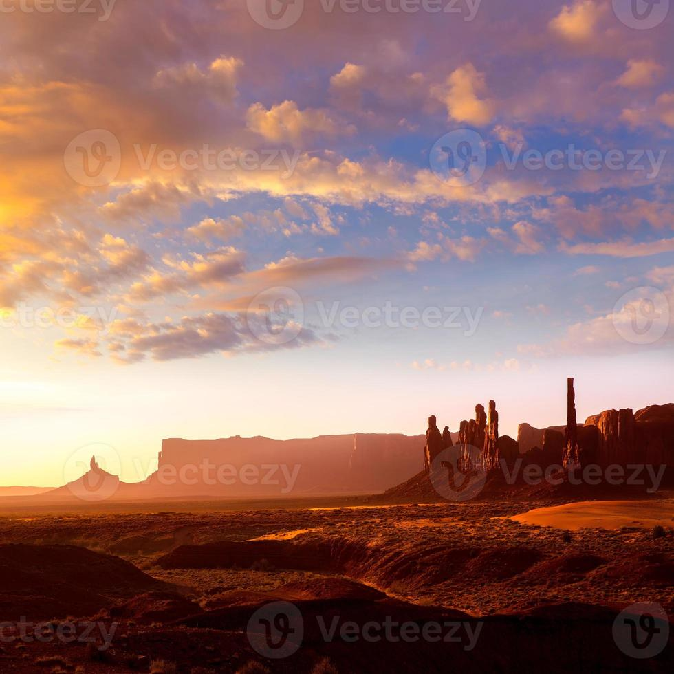 Monument Valley Tótem Amanecer Utah foto