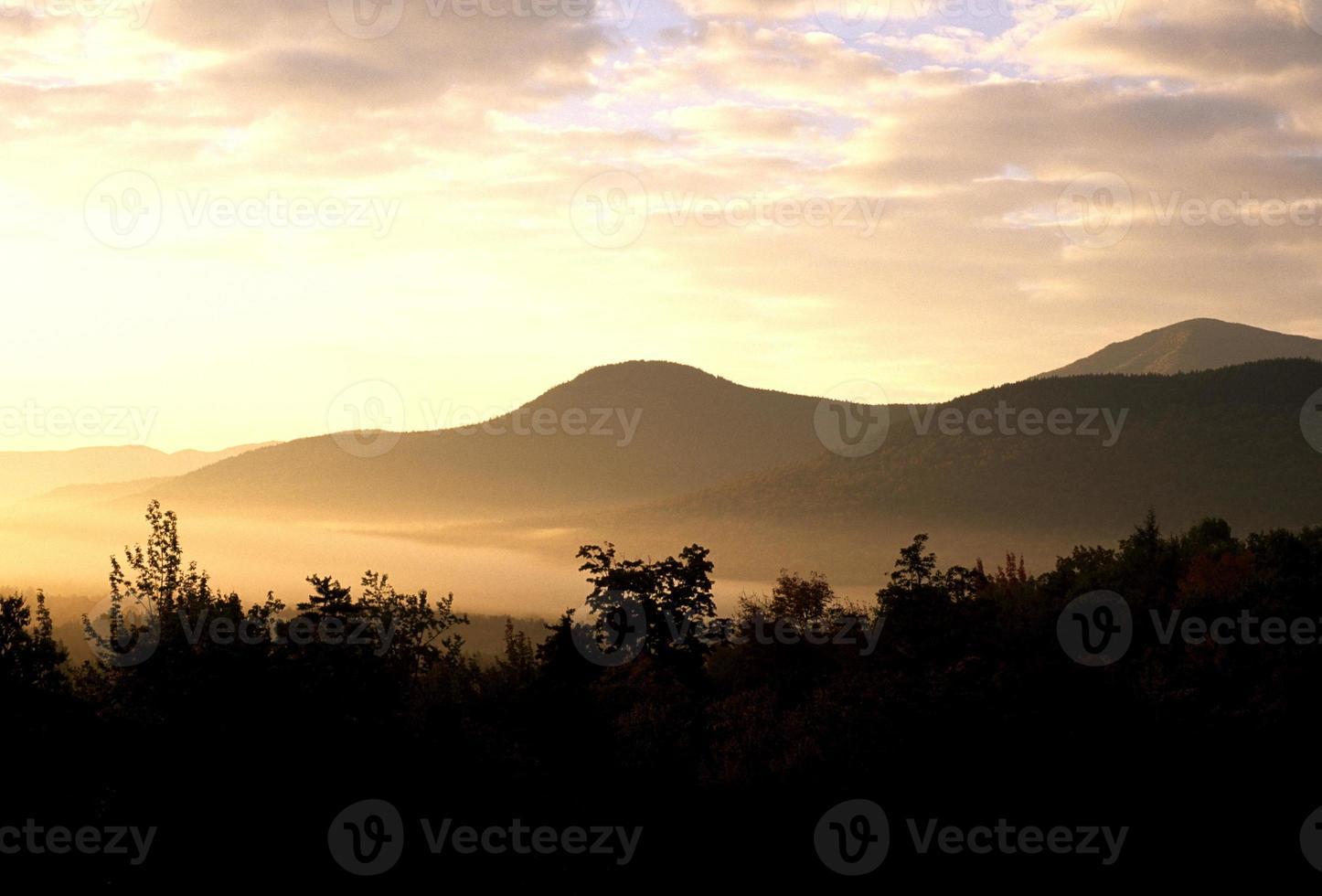 New Hampshire sunrise photo