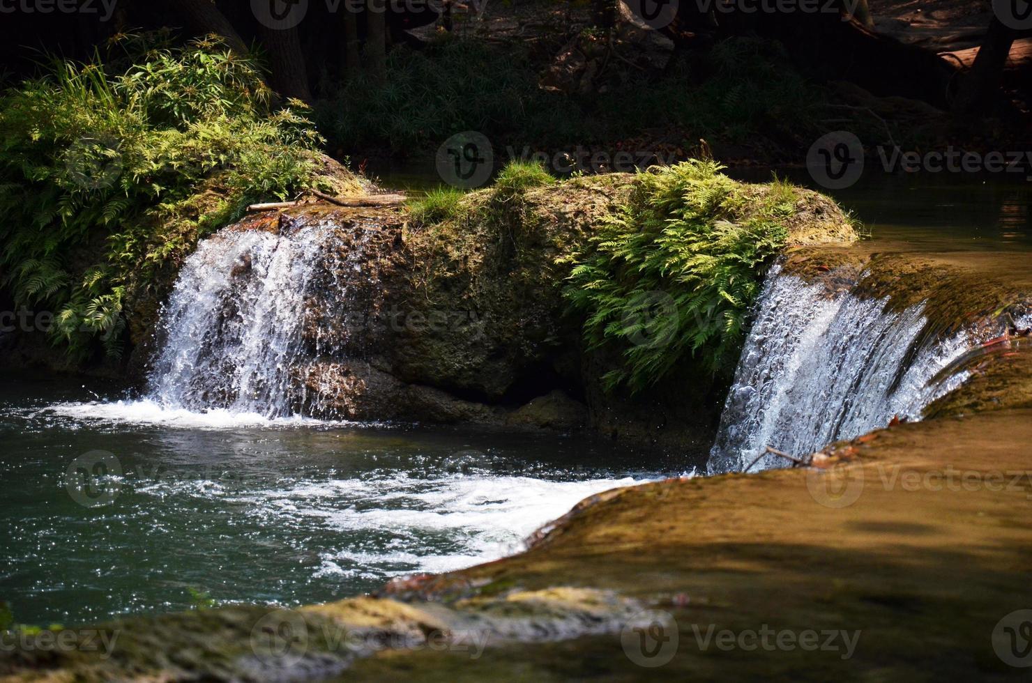 Num tok chet sao noi cascade à saraburi thailande photo