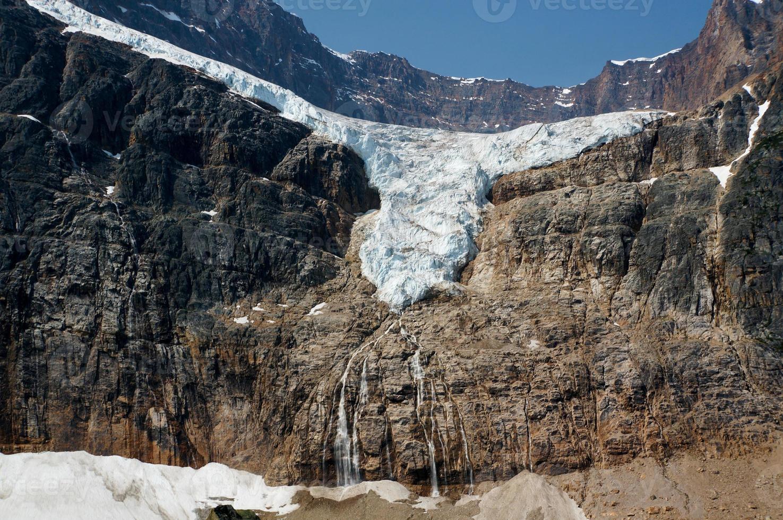 glaciar ángel en el parque nacional jasper foto