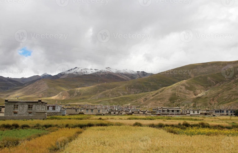 pueblo tibetano foto