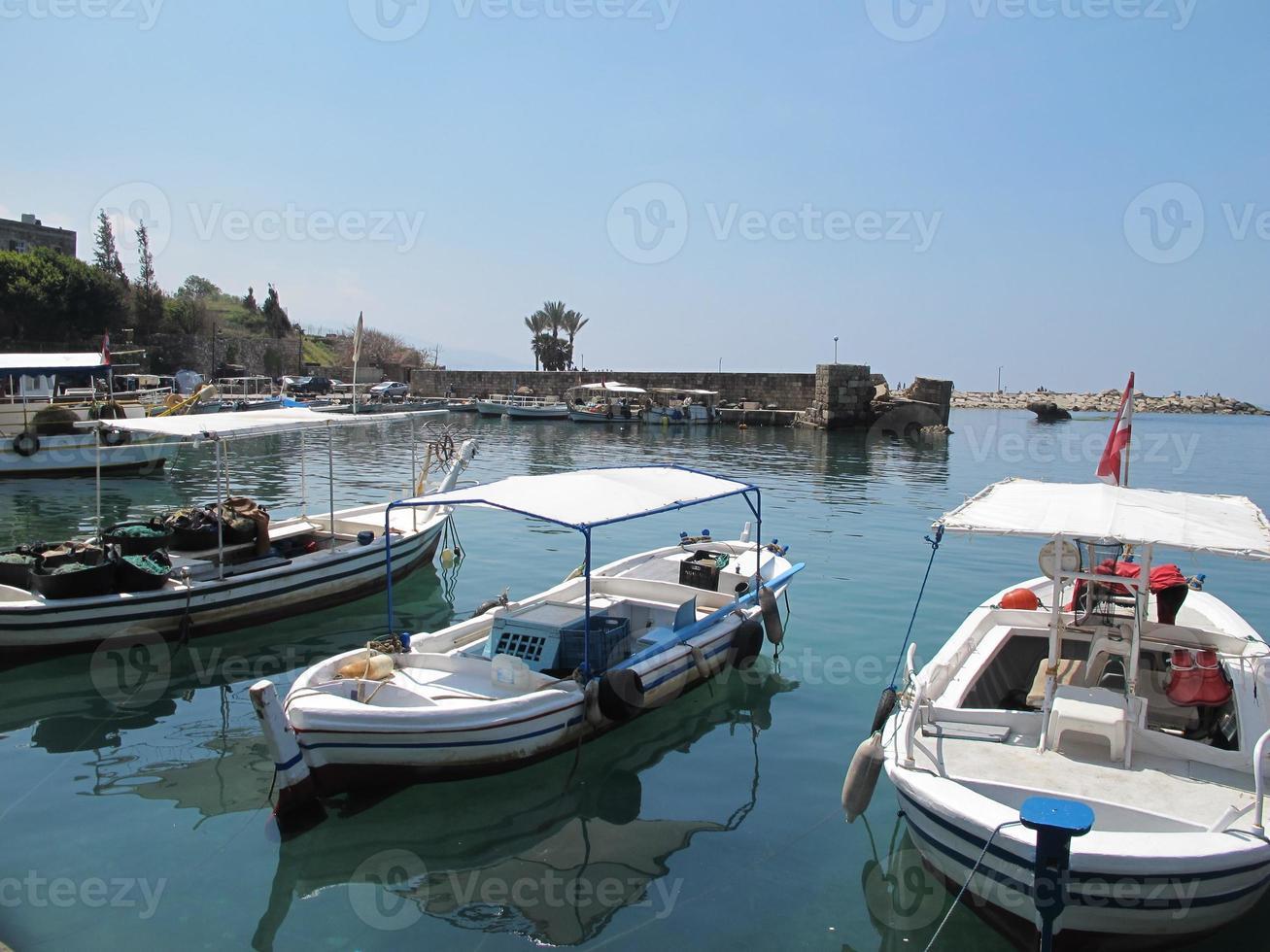 puerto de byblos foto