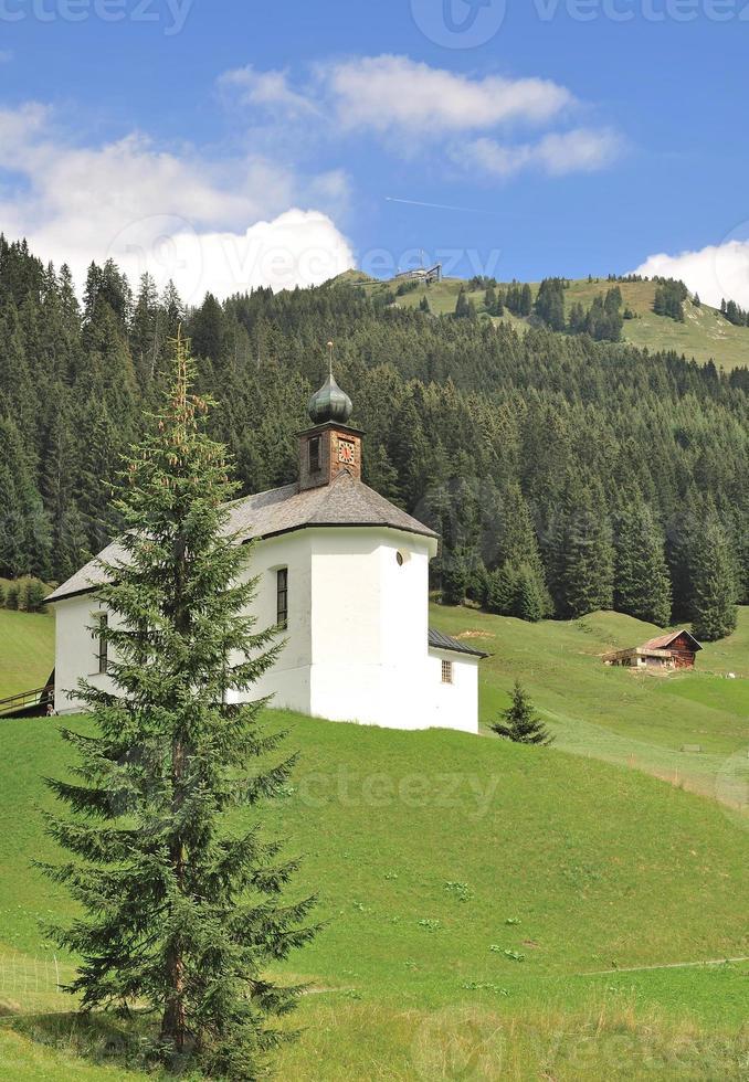 Capilla de Baad en Kleinwalsertal, Austria foto