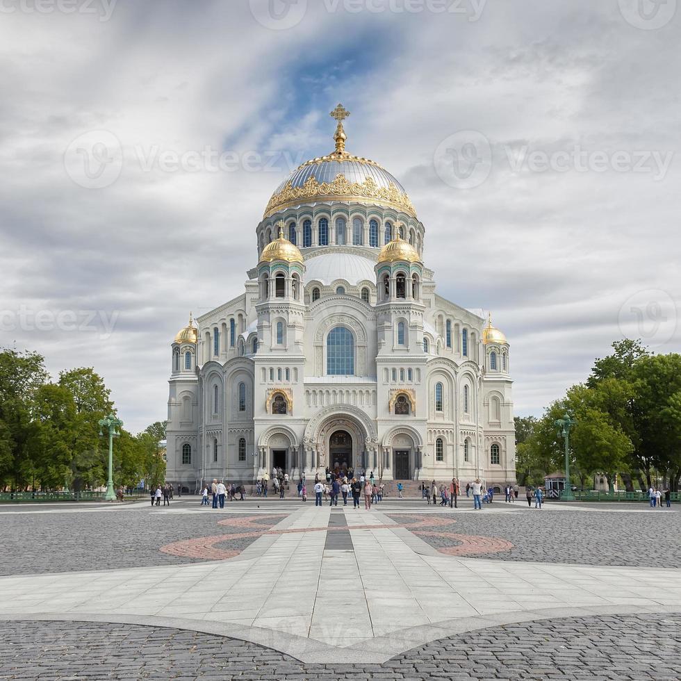 La catedral naval de San Nicolás en Kronstadt, San Pedro foto