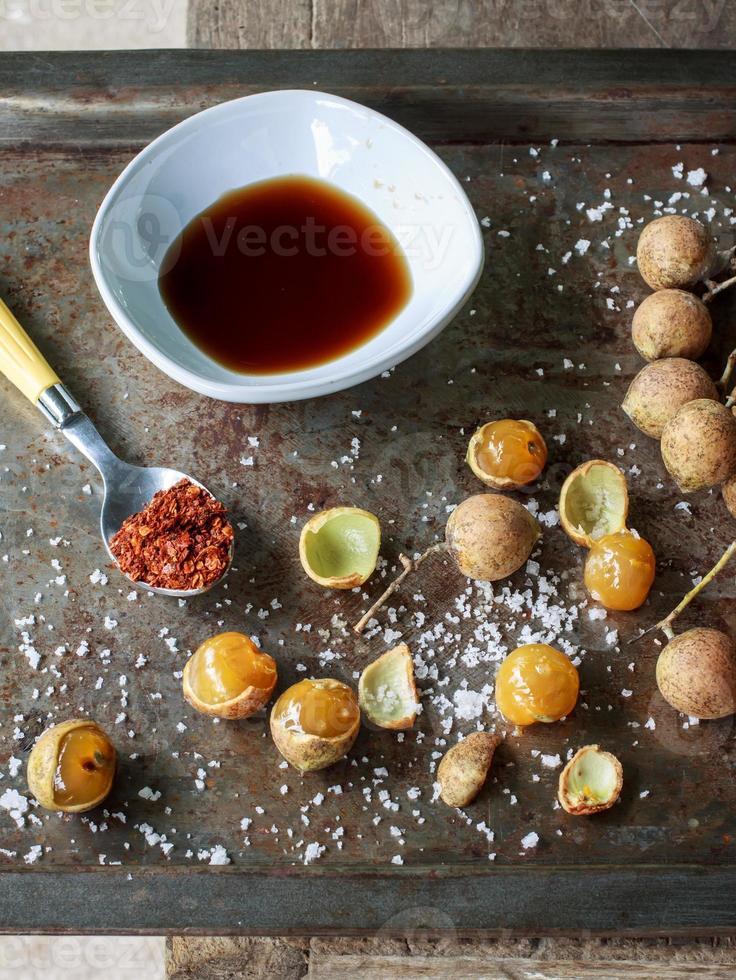 Schleichera oleosa (Lour.) Oken photo