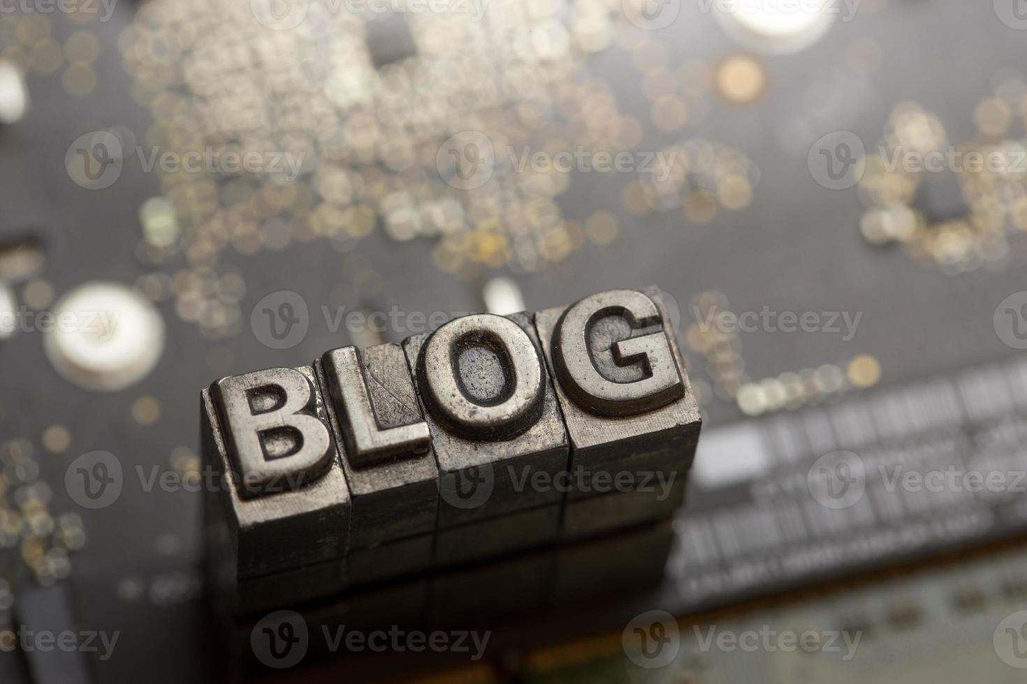 Social media & Blog icon by letterpress photo