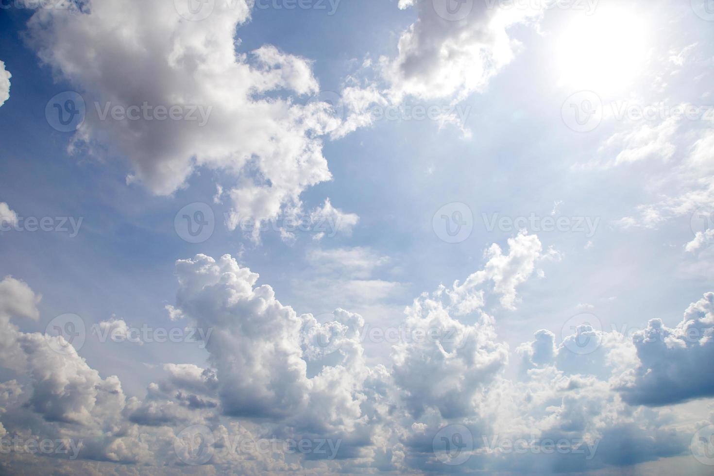 cielo azul nubes foto
