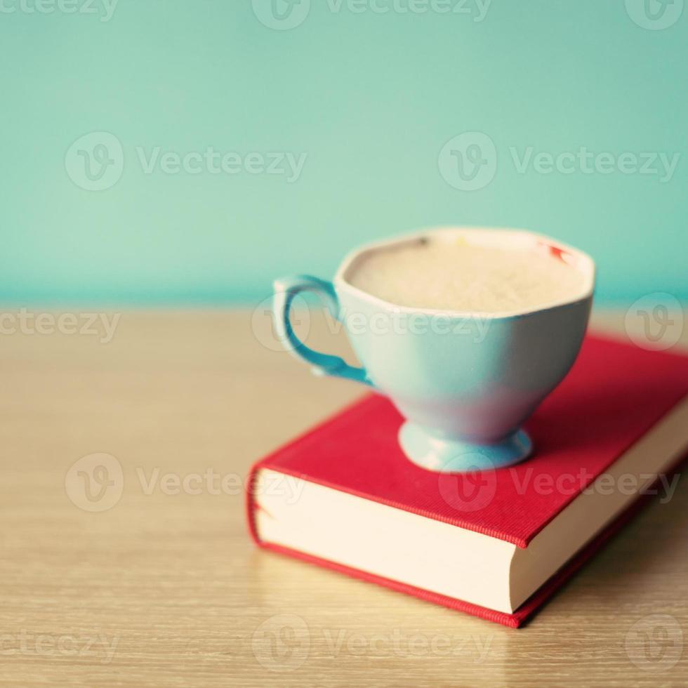 xícara de café azul foto
