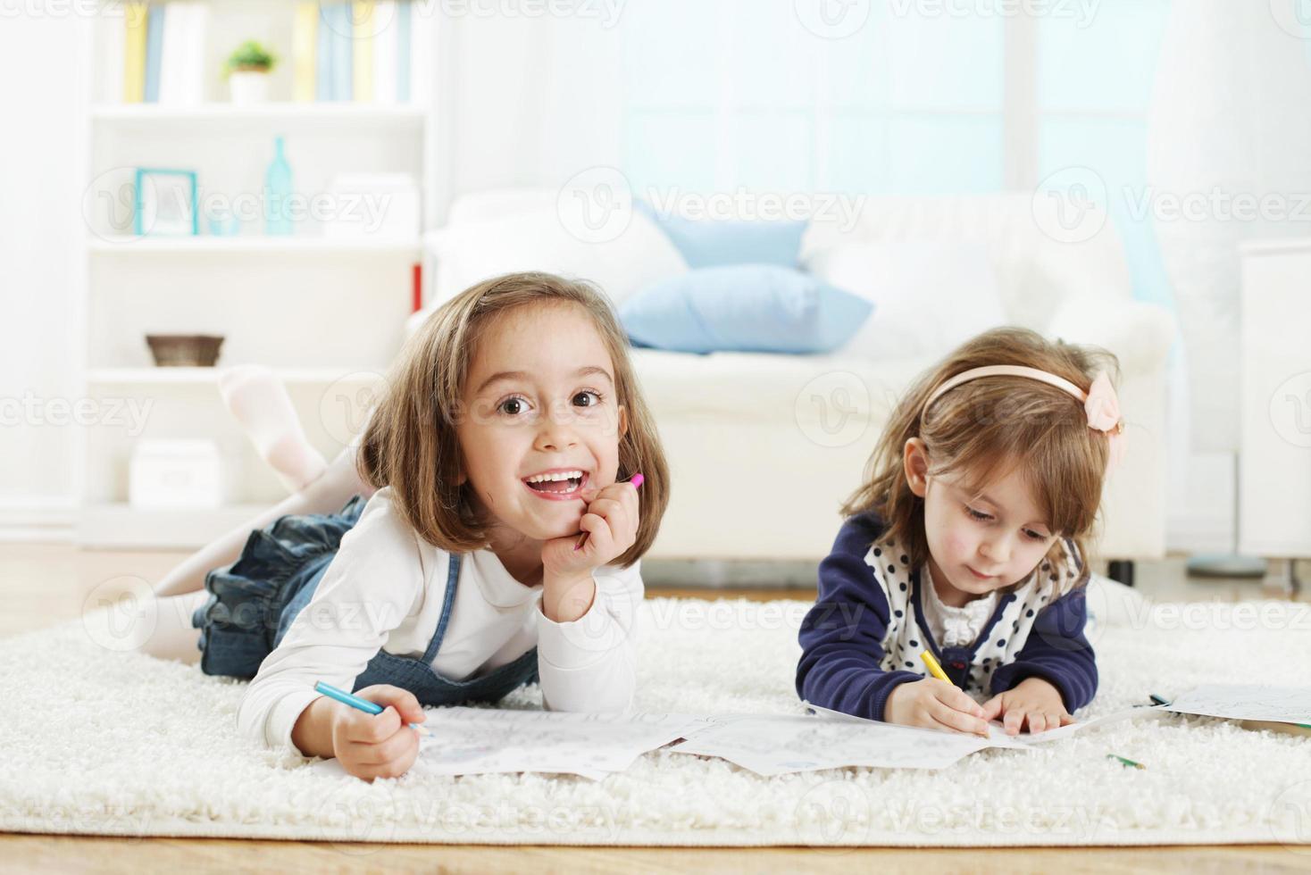 kinderen tekenen foto