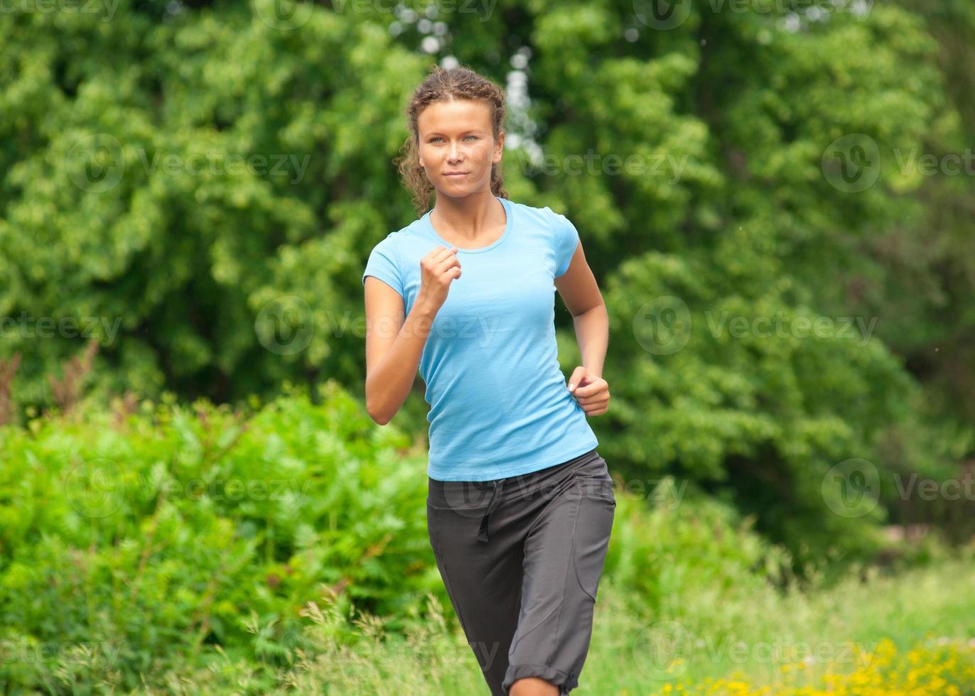 atleta, mujer, jogging, aire libre foto
