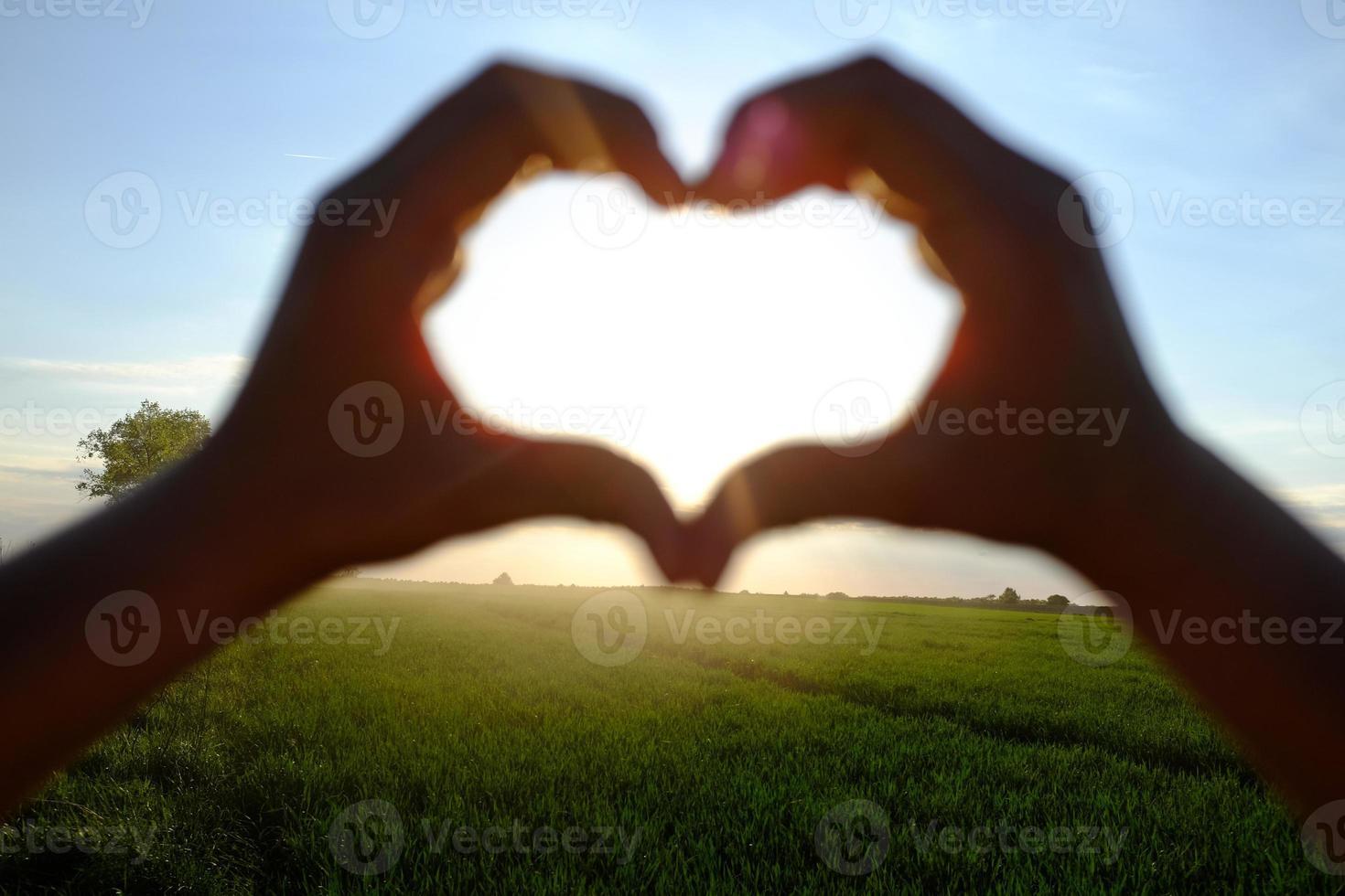 hart in de lucht foto