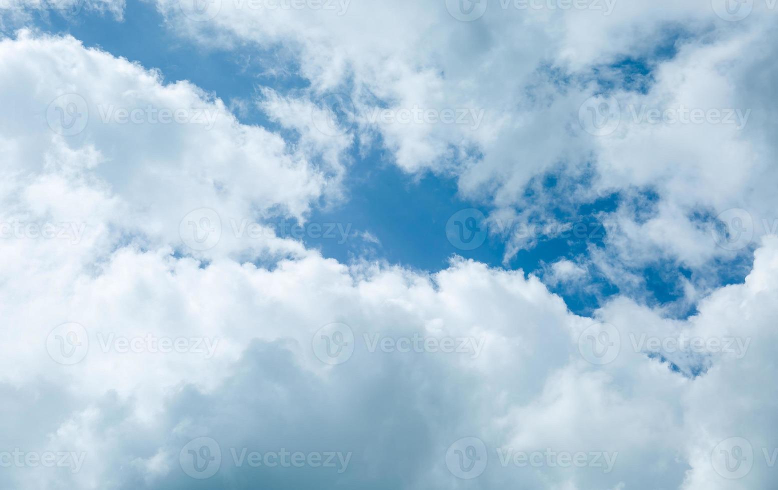 cielo azul foto