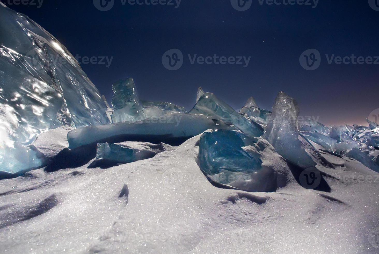 blaues Eis am Nachthimmel foto