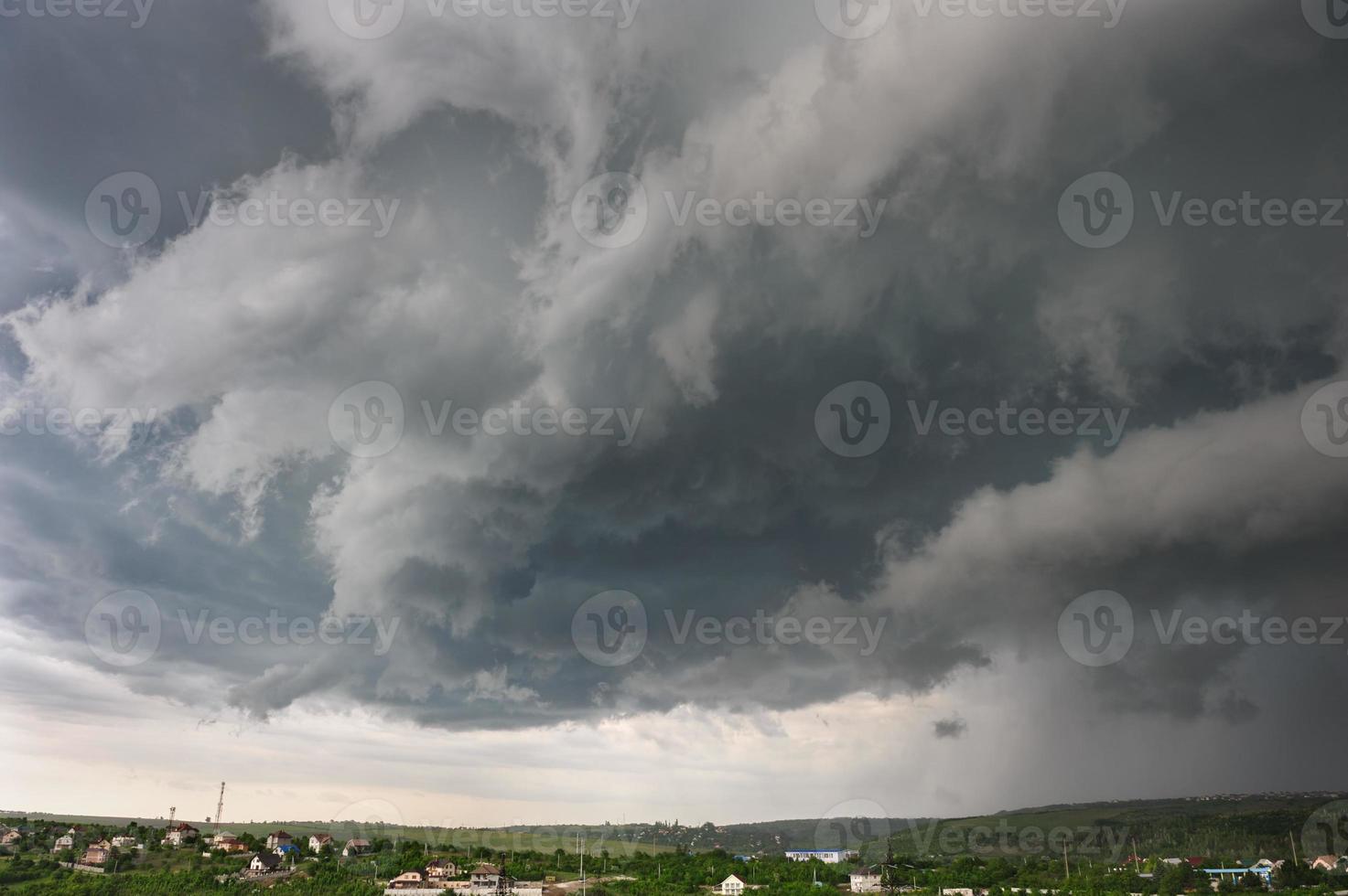 deja que comience la tormenta foto