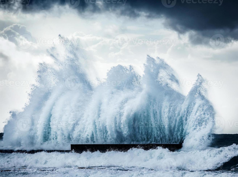 olas gigantes foto