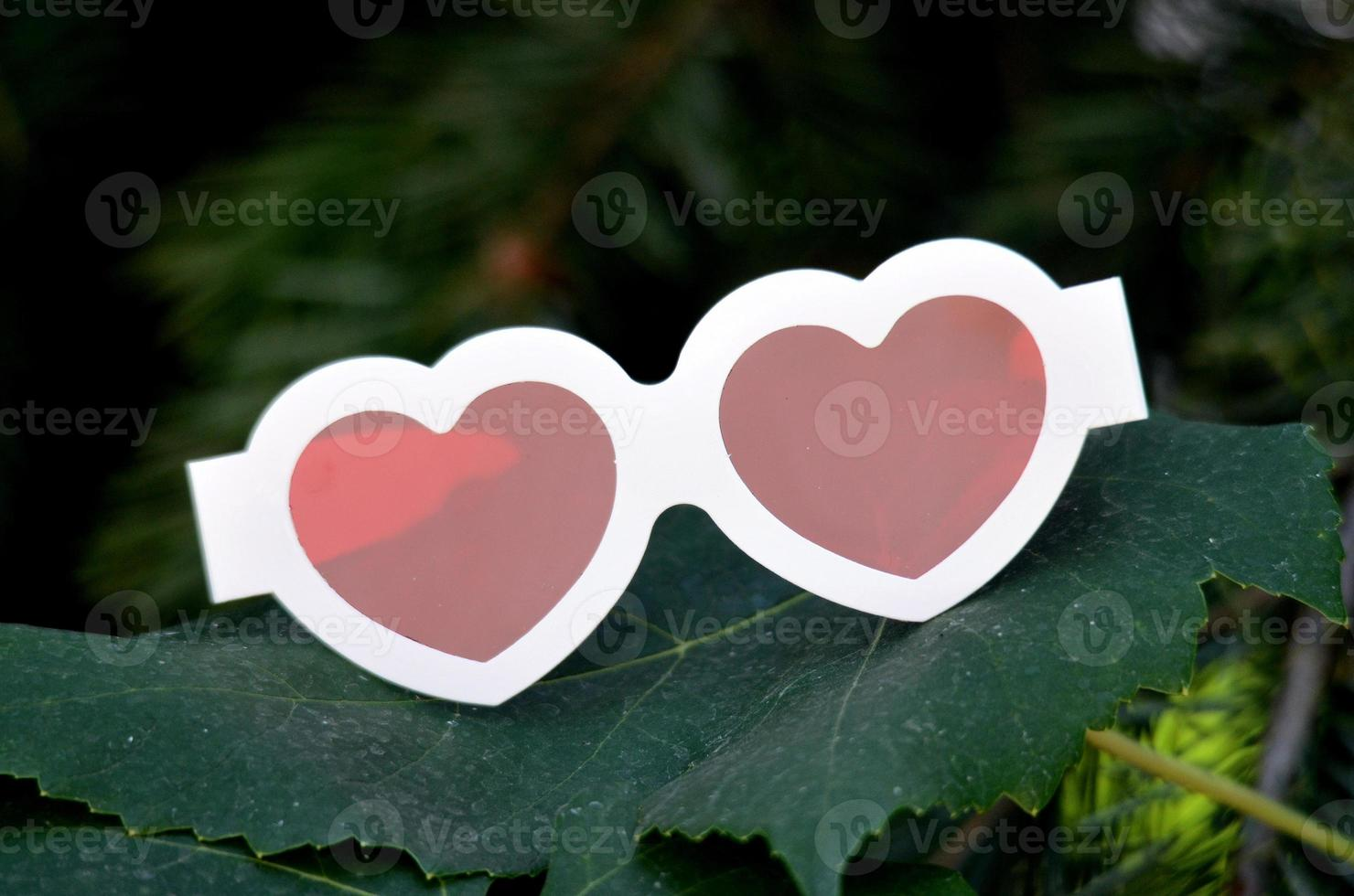Heart like  red 3d  glases photo