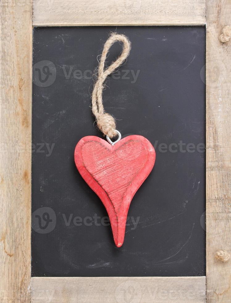 one hanging heart photo