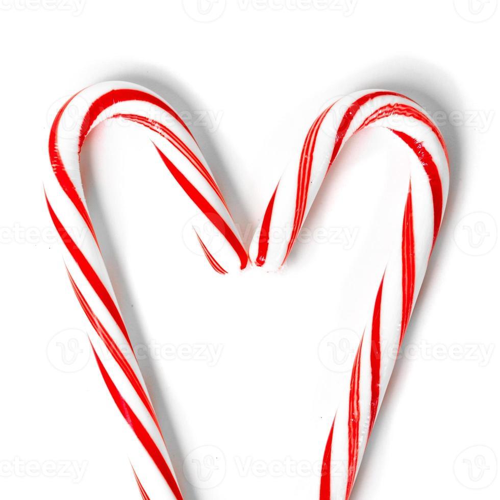 hart gemaakt van kerstsnoepjes foto