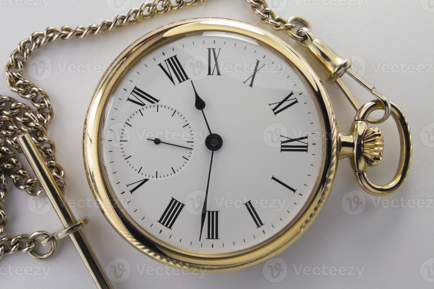 relojes de metal amarillo foto