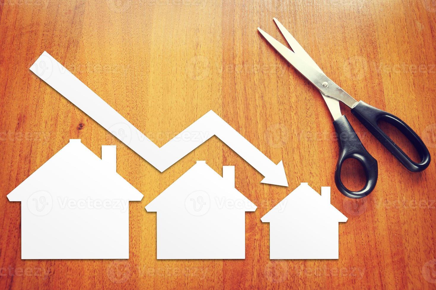 concepto de caída de las ventas inmobiliarias foto