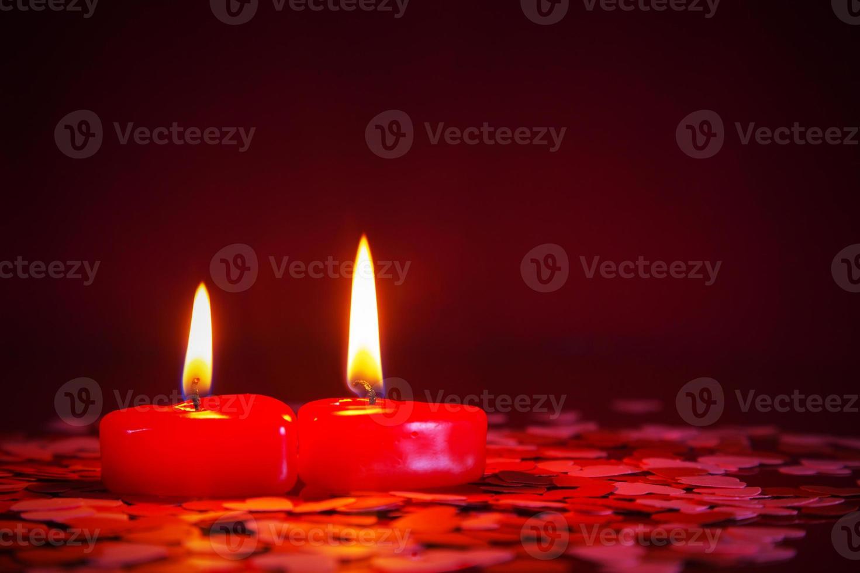 dos velas rojas foto