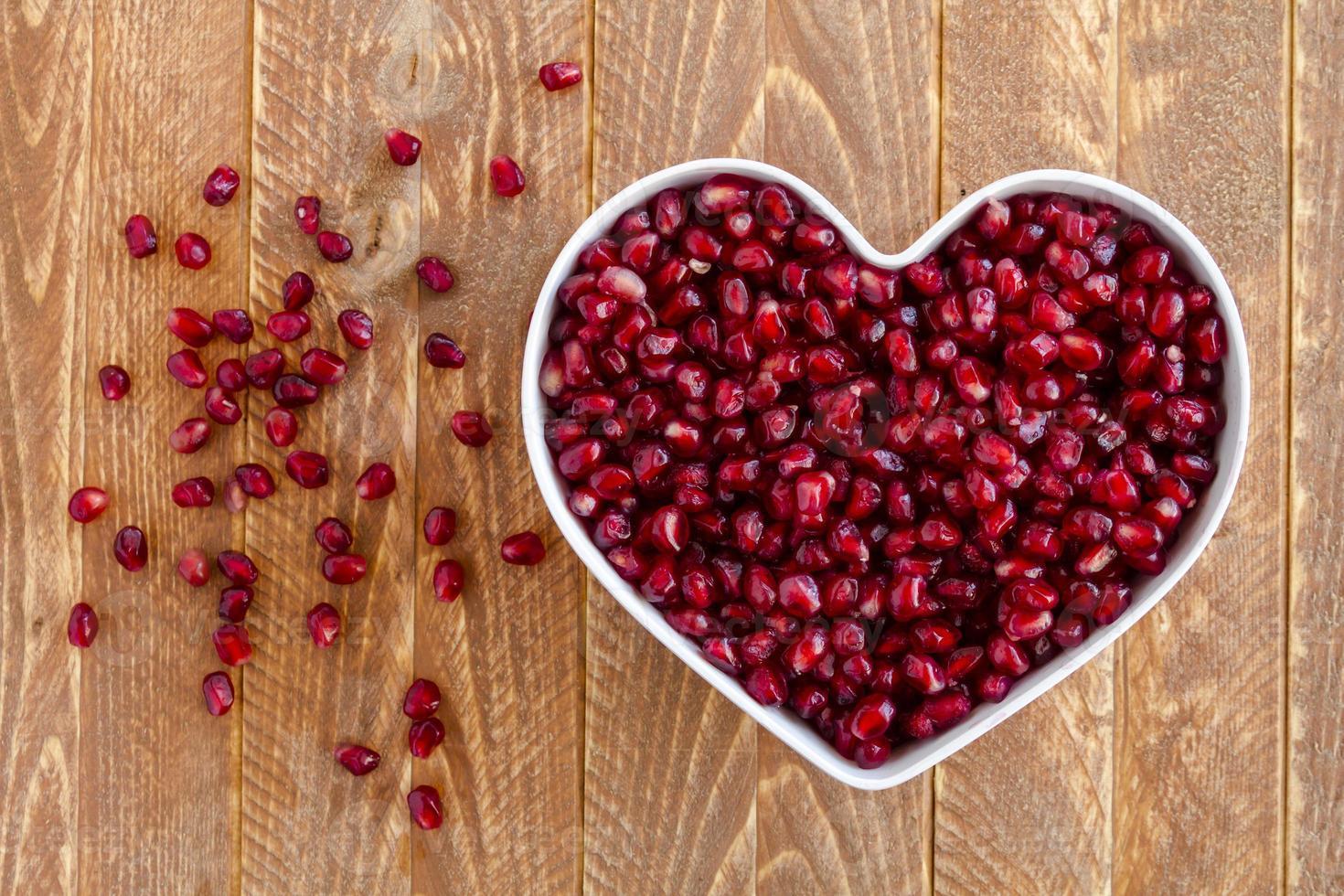 semillas de granada orgánica fresca foto