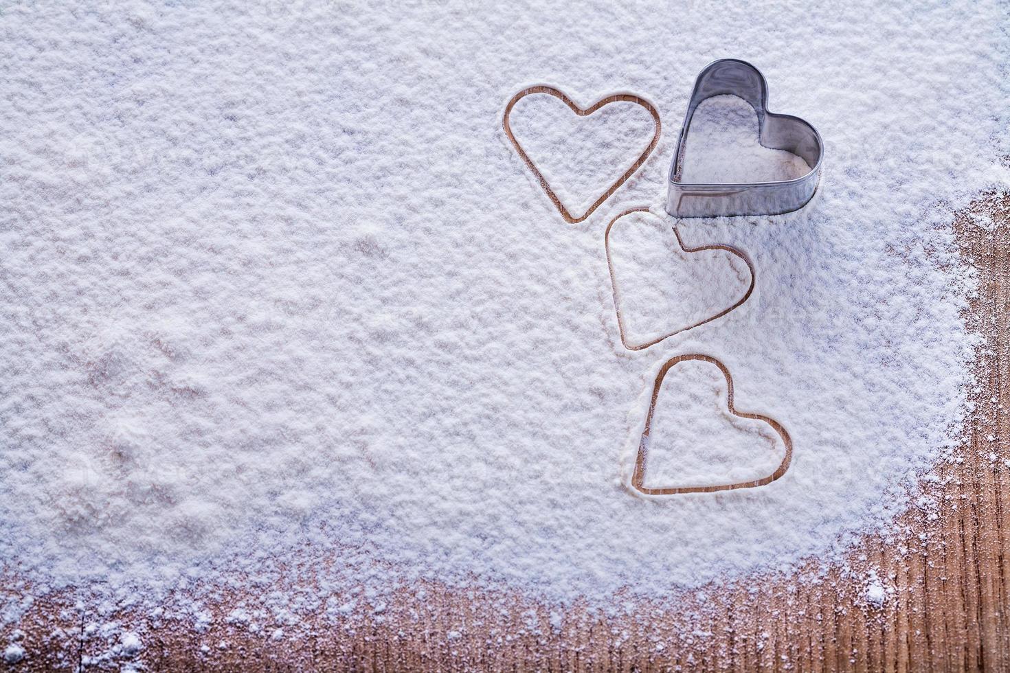 molde de galletas copyspace organizado en forma de corazón en foto