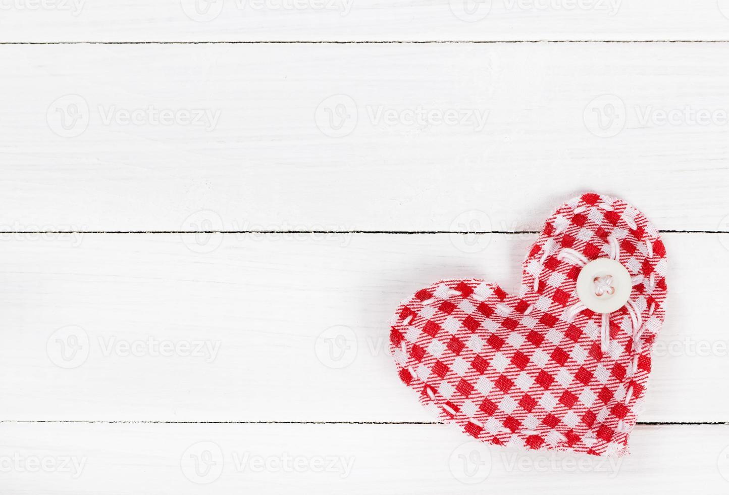 corazón de dos telas para el día de san valentín foto