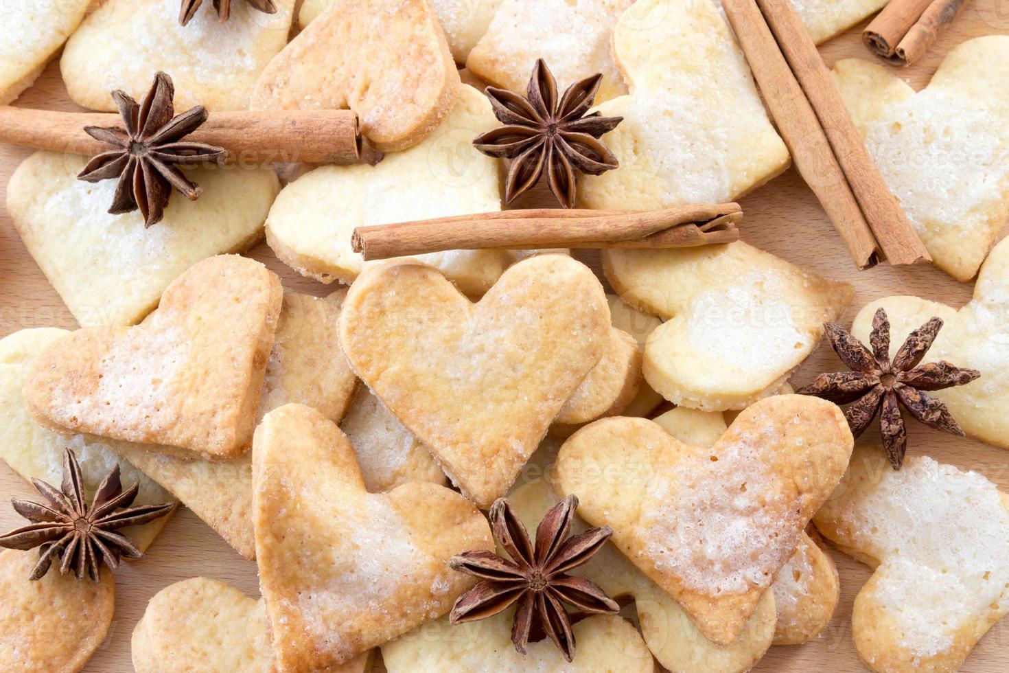 galletas de azúcar en forma de corazón dulce foto