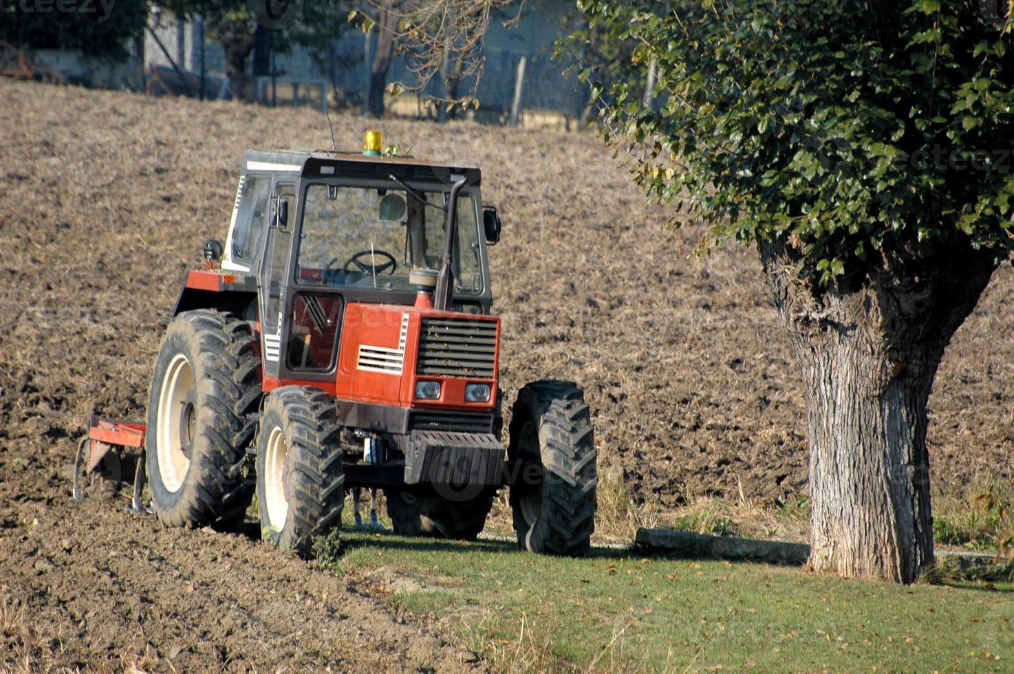 tractor en reposo foto