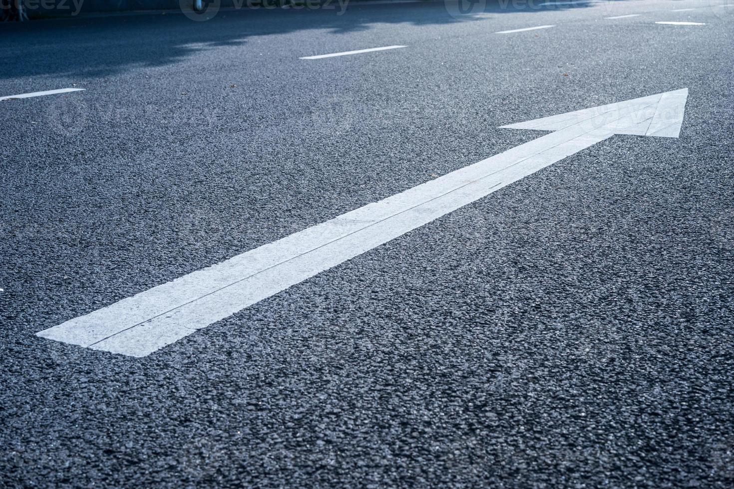 señal de tráfico en la carretera foto