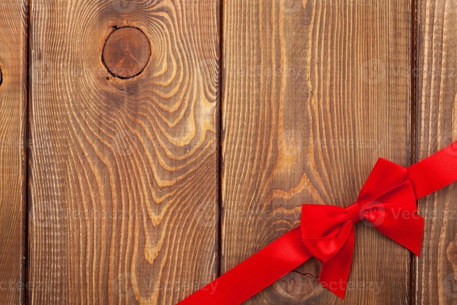 fondo del día de san valentín con cinta roja foto