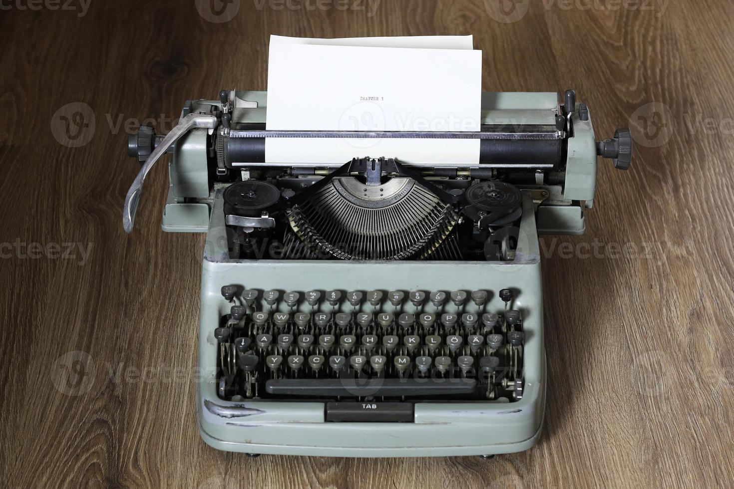 retro typewriter photo