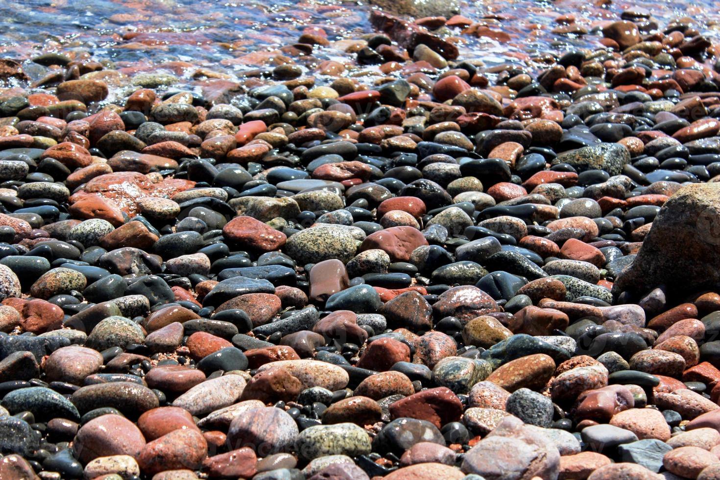 piedras y guijarros de colores foto