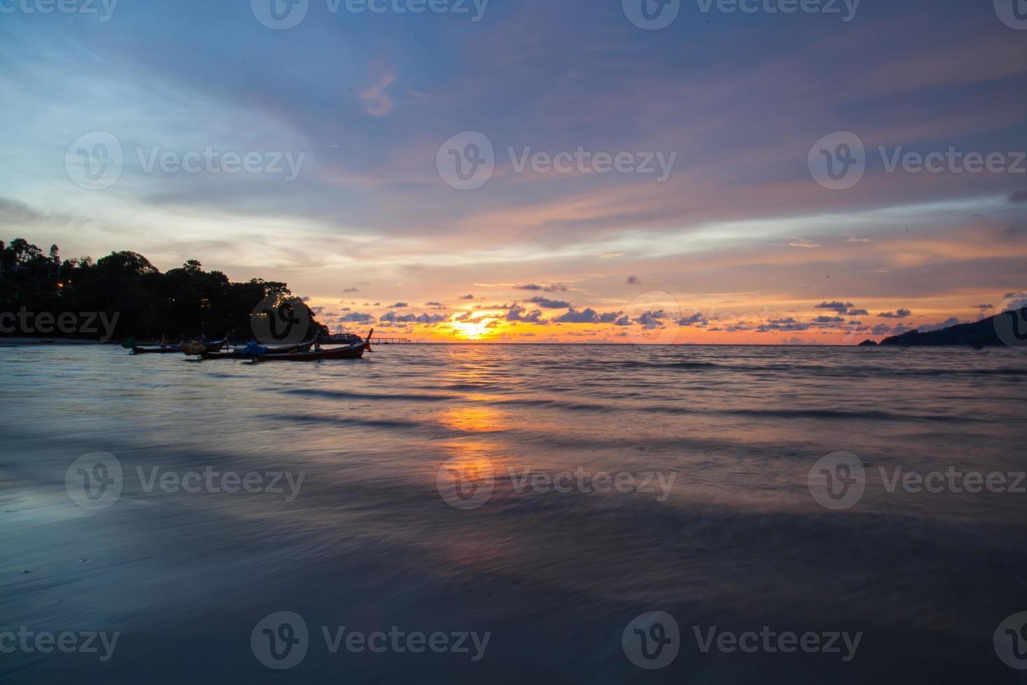 Sunset Patong Beach, Phuket, Tailandia foto