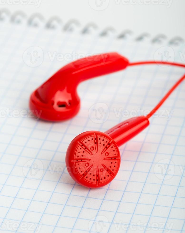 rode koptelefoon foto