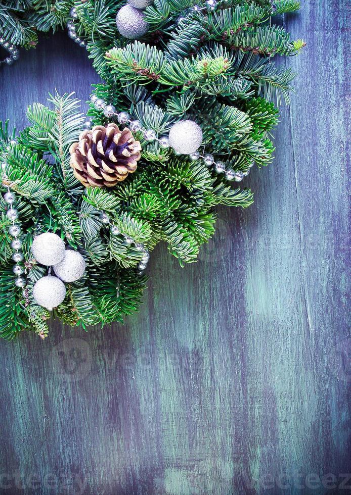 green wreath photo