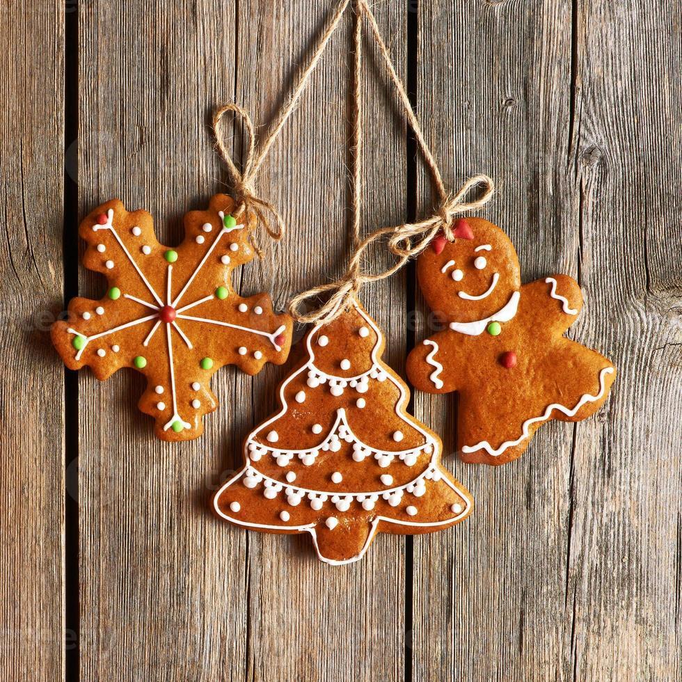 galletas de jengibre caseras de navidad foto
