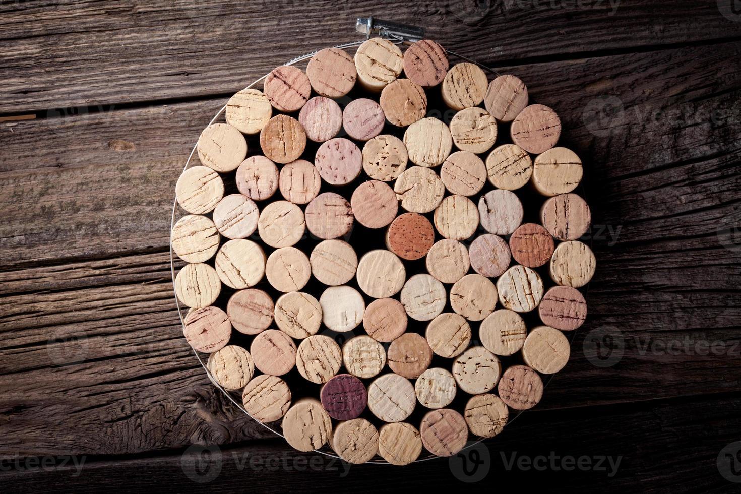 Diy homemade cork protector from hot pots photo