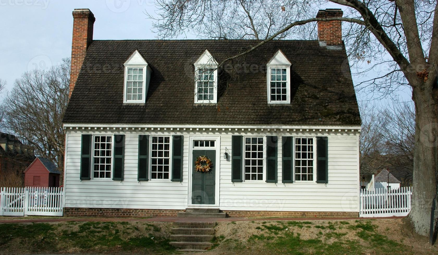 Colonial Home photo