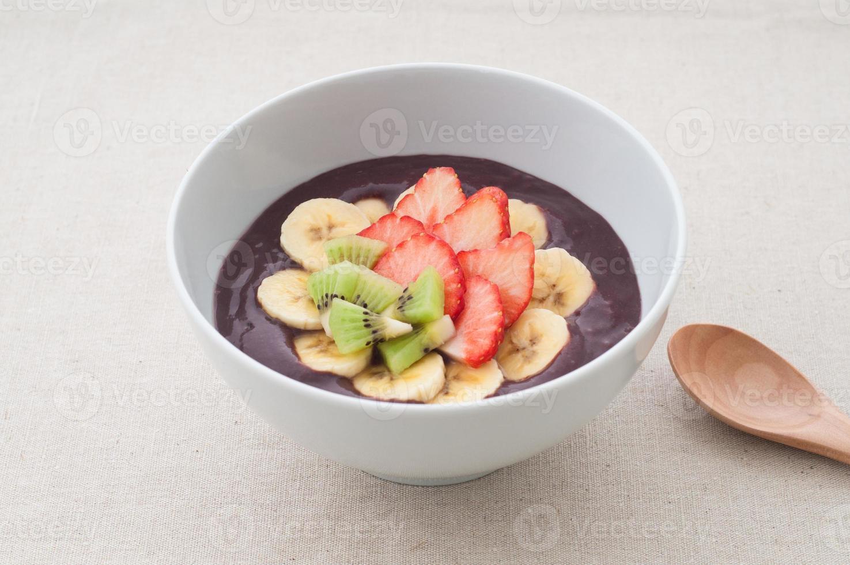 Acai bowl photo
