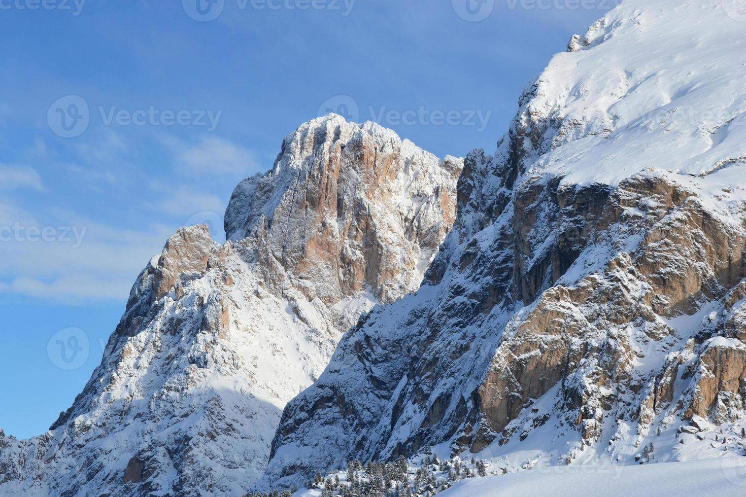 Sassolungo e Sassopiatto, Dolomites photo